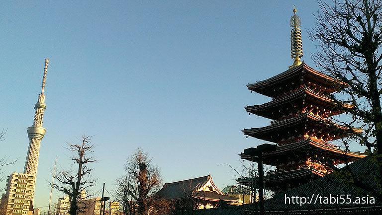 浅草寺と東京スカイツリー(東京都台東区)