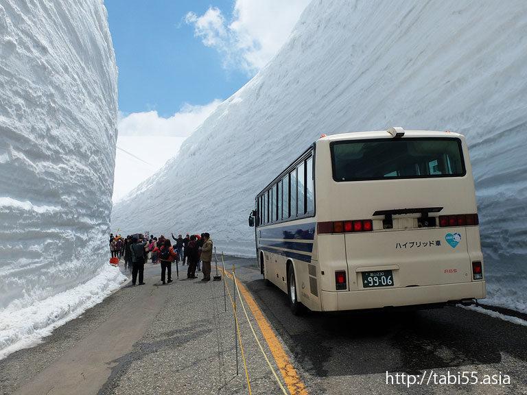 雪の大谷/Big wall of snow(富山県立山黒部アルペンルート)