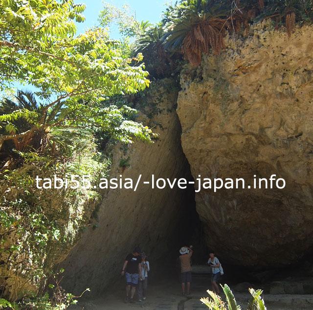 琉球王国、沖縄の代表的聖地!世界遺産 斎場御嶽