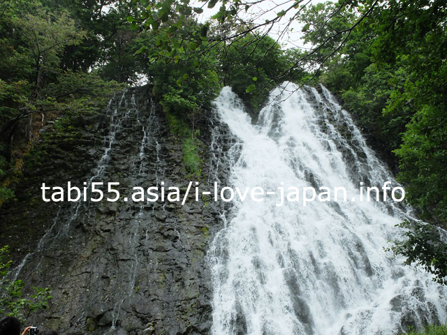 The gateway to Shiretoko Peninsula sightseeing! Waterfall of Oshinkoshin