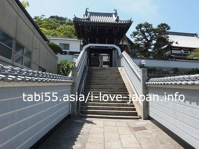 門がすてきな妙宣寺