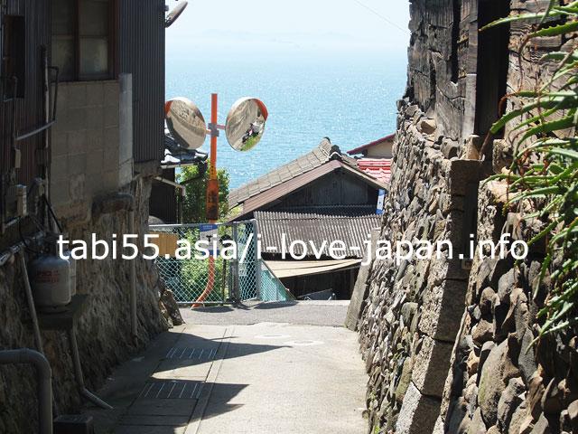 石垣×木造住宅!男木島の集落を散策