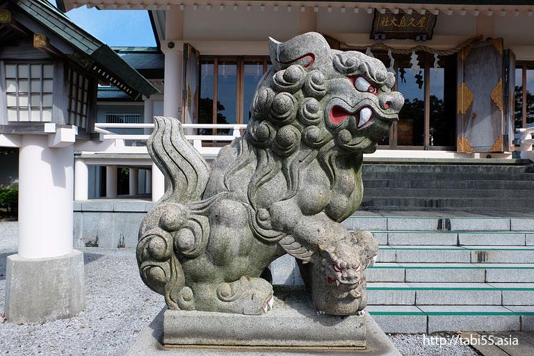屋久島大社の狛犬(子連れ)