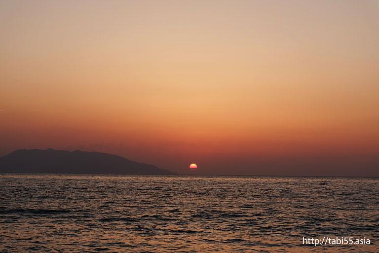 永田いなか浜の夕陽(屋久島)