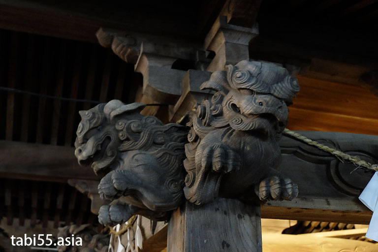 嶋村俊表作:田無神社の手水舎(白龍の水)