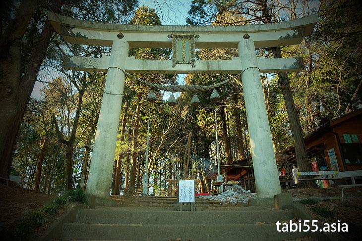 宝登山神社奥宮