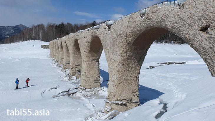 タウシュベツ橋まで氷雪上ハイキング