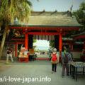 青島神社!亜熱帯の樹木に守られた元宮も必見!