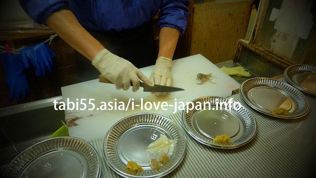 【8:40】函館朝市駅二市場でイカ釣り+朝ご飯