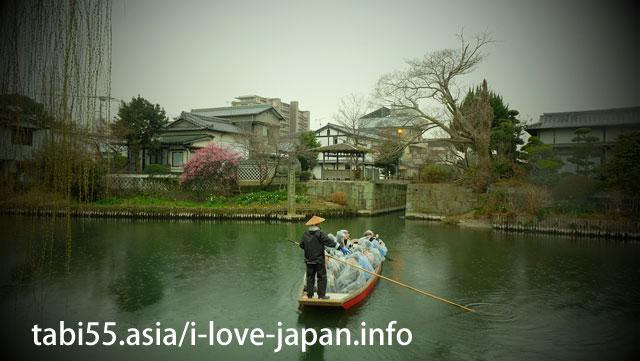 日本の道百選に選ばれた水際を散策