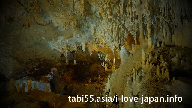 Standard tourist attraction! To Ishigakijima Cave