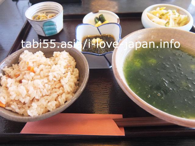 石垣島中心部で、ランチ♪ジューシー食べました
