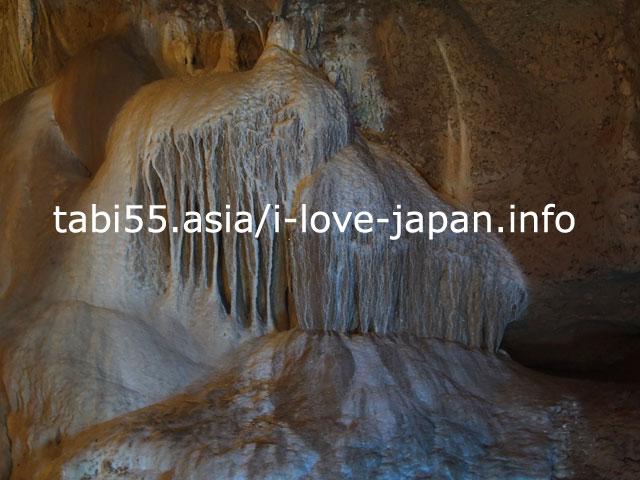 悠久の自然が織りなす芸術!石垣島鍾乳洞